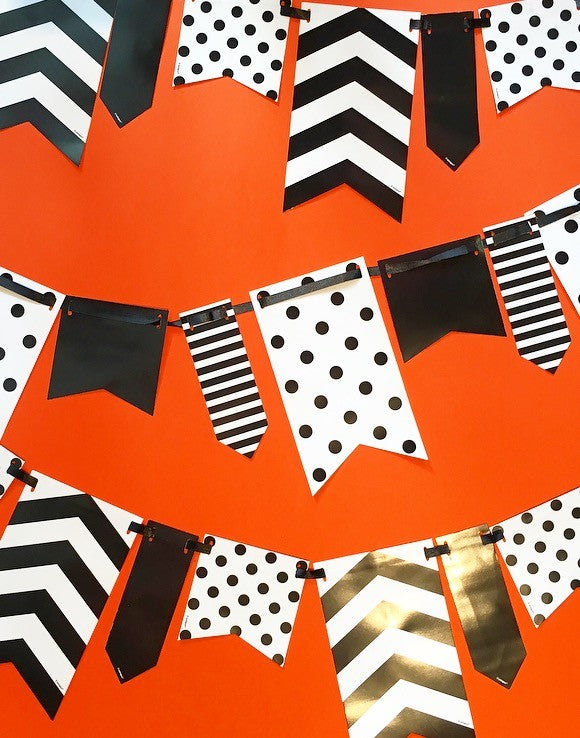 10ft Black and White Spot and Stripe Reversible Flag Bunting