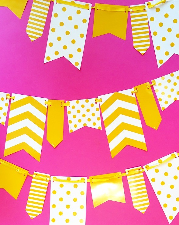 10ft Yellow and White Spot and Stripe Reversible Flag Bunting