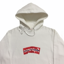 Load image into Gallery viewer, 2017 Supreme COMMEdesGARÇONS White Part 5 Box Logo Hoodie