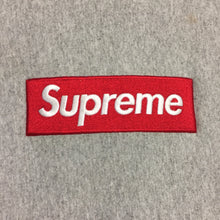 Load image into Gallery viewer, 2015 Supreme Grey Box Logo Crewneck