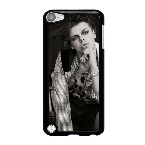Yungblud-05-iPod-Touch-5-Case