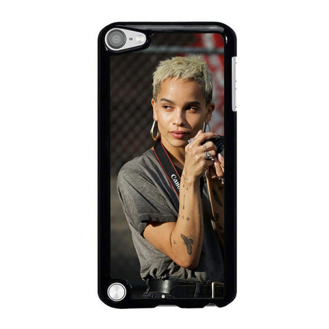Zoe-Kravitz-01-iPod-Touch-5-Case