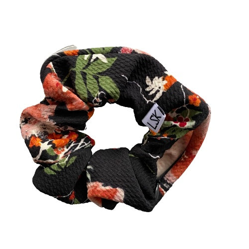 Petal Pleaser Zipper Scrunchie