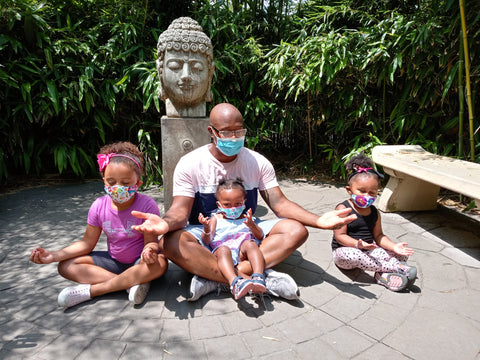 Enterpreneur and Podcaster Jerome Fenton and his three daughters