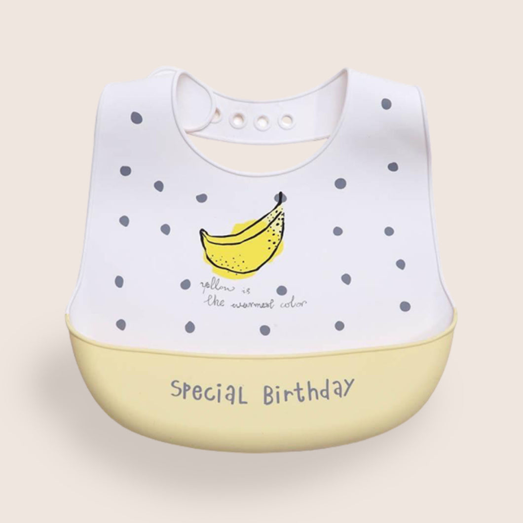 Eizzy Birthday Bib