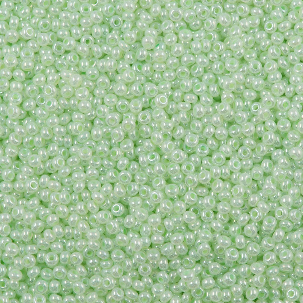 50g Czech Seed Bead 10/0 Opaque Dyed Pearl Pale Green (37152)