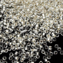 Miyuki Round Seed Bead 15/0 Crystal Silver Lined 10g (1)