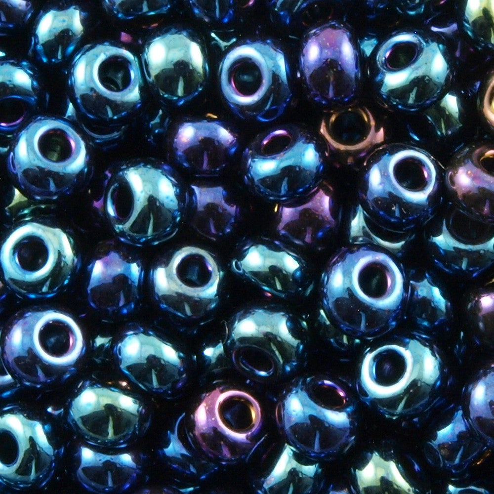 Czech Seed Bead Blue Iris 1/2 Hank 8/0