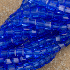 100 Faceted Cube 4mm Sapphire Beads