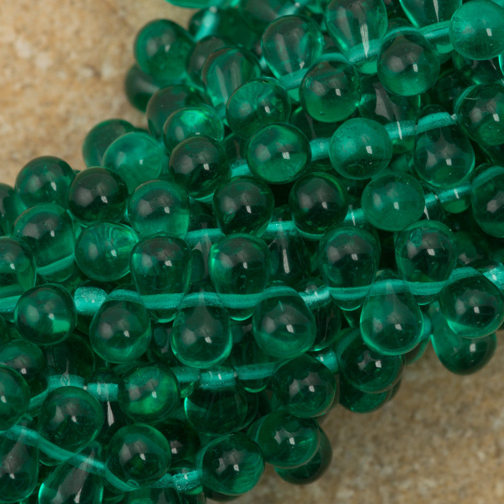 90 Czech 6x4mm Tear Drop Emerld Beads (50730)