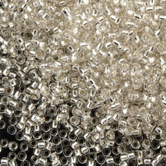 Toho Round Seed Bead 11/0 Transparent Silver Lined Crystal 19g Tube (21)