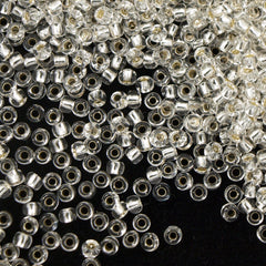 Toho Round Seed Bead 8/0 Transparent Crystal Silver Lined 5.5-inch tube (21)
