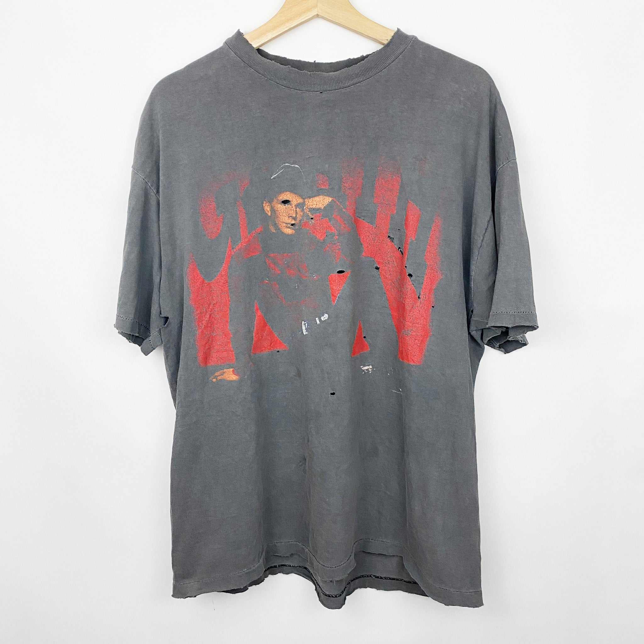 Vintage 90s 1993 Garth Brooks 'In Pieces' Concert Tour Distressed Graphic Shirt