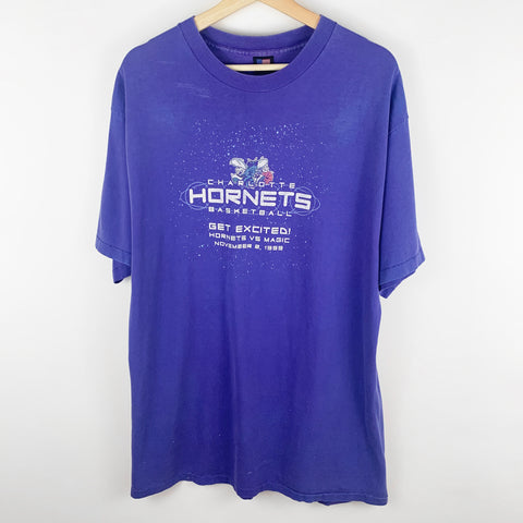 Vintage 1999 Charlotte Hornets vs. Orlando Magic Game Day Graphic Shirt