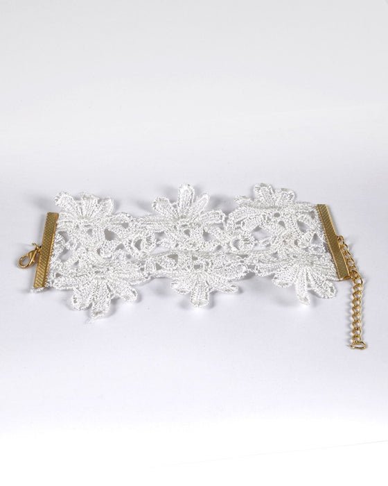 Floral Lace Detailing Lobster Clasp Closure Bracelet
