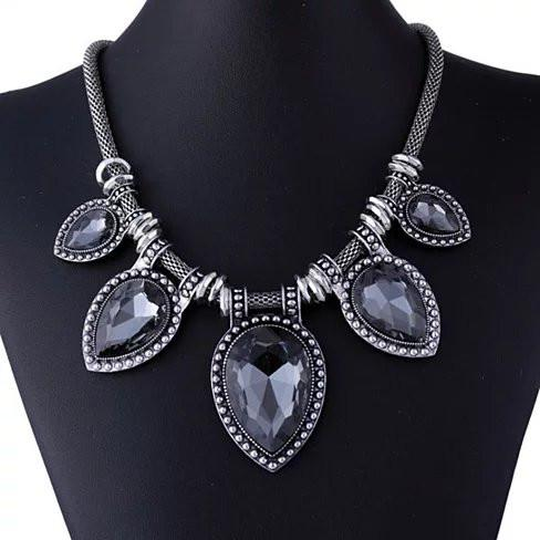 BeYOUtiful Crystal And Antique Silver Style Statement Necklace - VistaShops - 4