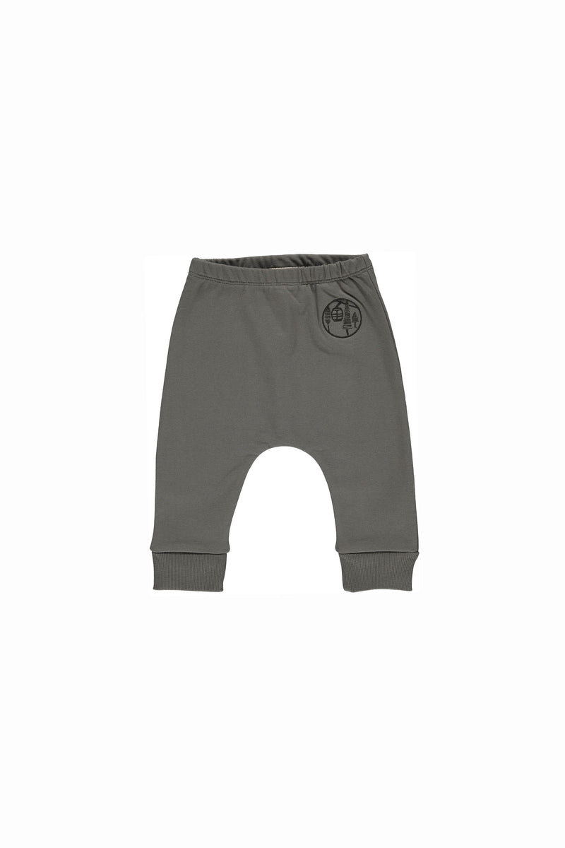 1328 august - baby pant