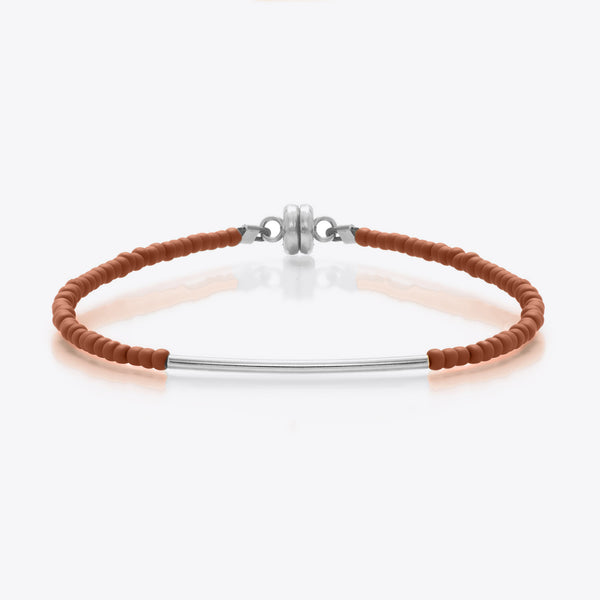 MINNIE GRACE Brown beaded friendship bracelet with silver bar, Bracelet - La Luce