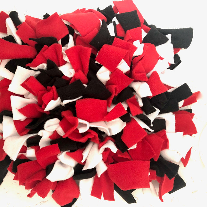 Red, black and white Snuffle mat