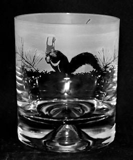 30cl Whiskey Tumbler Squirrel Design