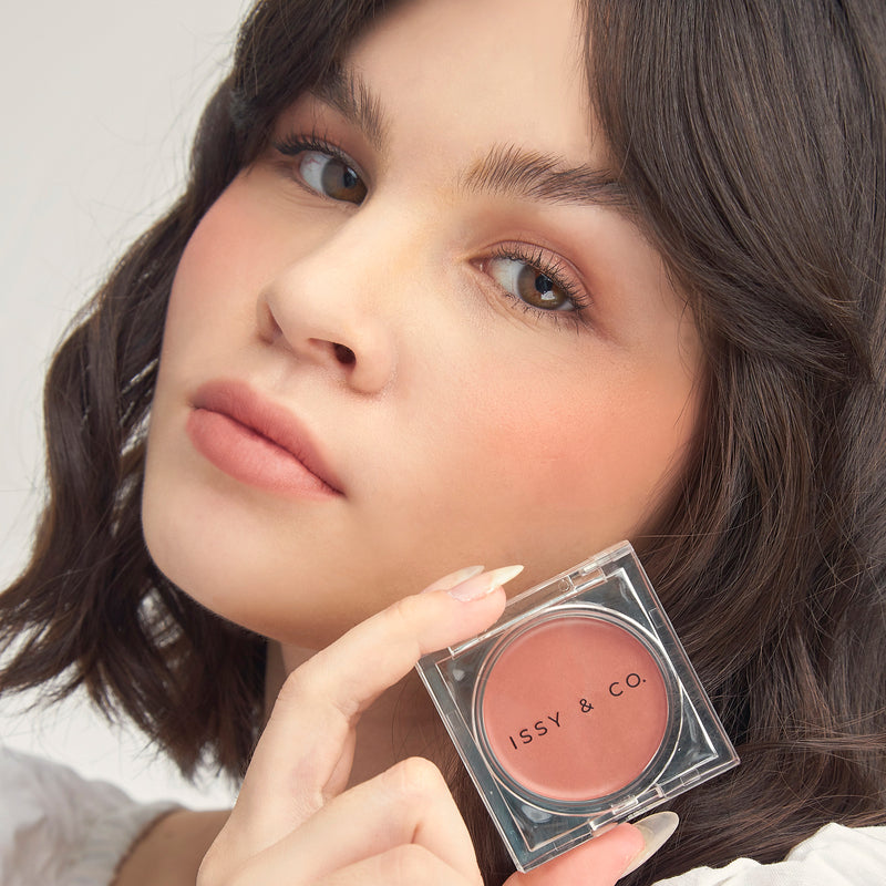 ISSY & CO. Creme Blush - Stunner