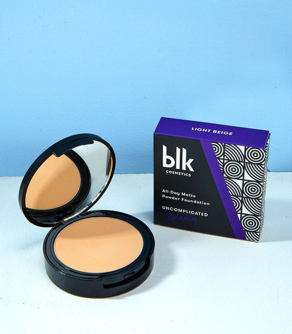 blk cosmetics All-Day Matte Powder Foundation (Light Beige)