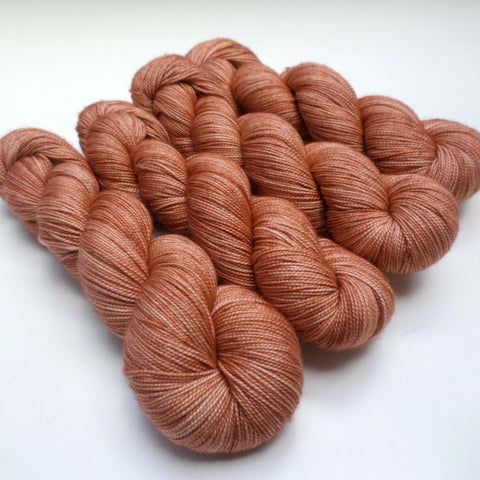 Slinky Twist - Tea Rose