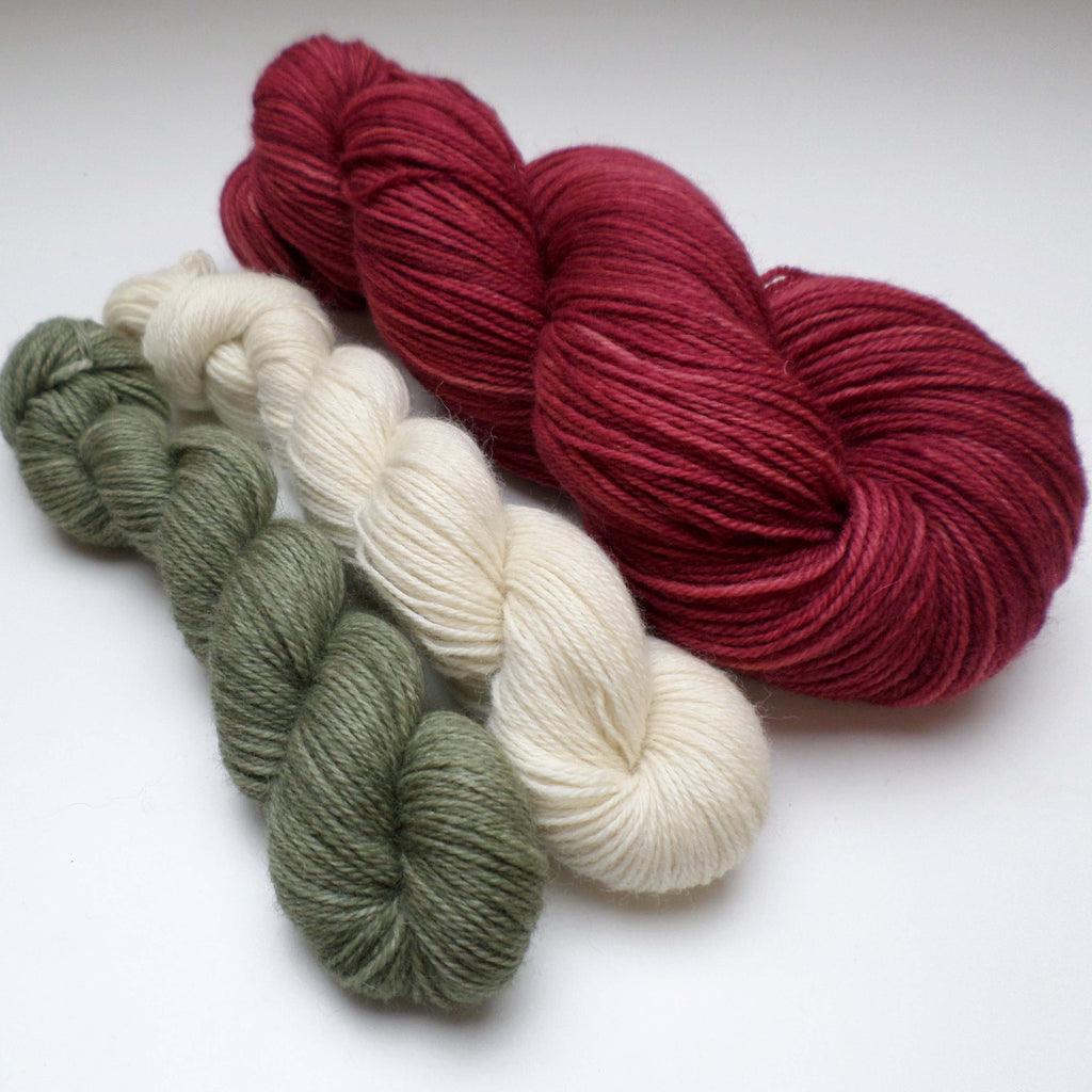 Yarn bundle for Southwold in the Snow pattern - Sea Apple