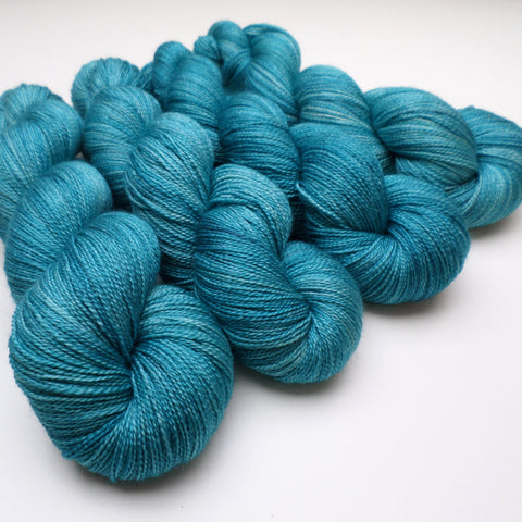 Lustrous BFL Heavy Lace - Aunt Betty's Pond