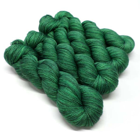 Lustrous BFL Heavy Lace - Forbidden Forest