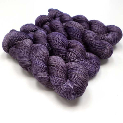 Lustrous BFL Heavy Lace - English Damson
