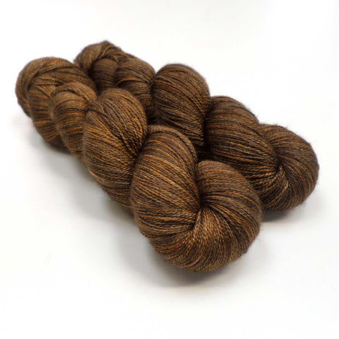 Lustrous BFL Heavy Lace - Autumn Oak