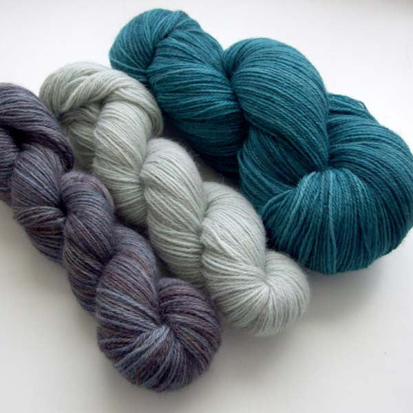 Yarn bundle for Southwold in the Snow pattern - Rockpool