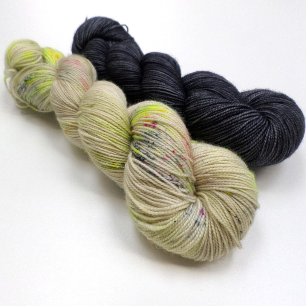 Entwist yarn bundle - Street Lights and Charcoal