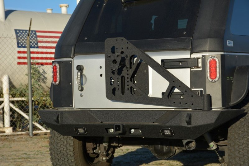 DV8 Offroad RS-10/RS-11 TC-6 Tire Carrier