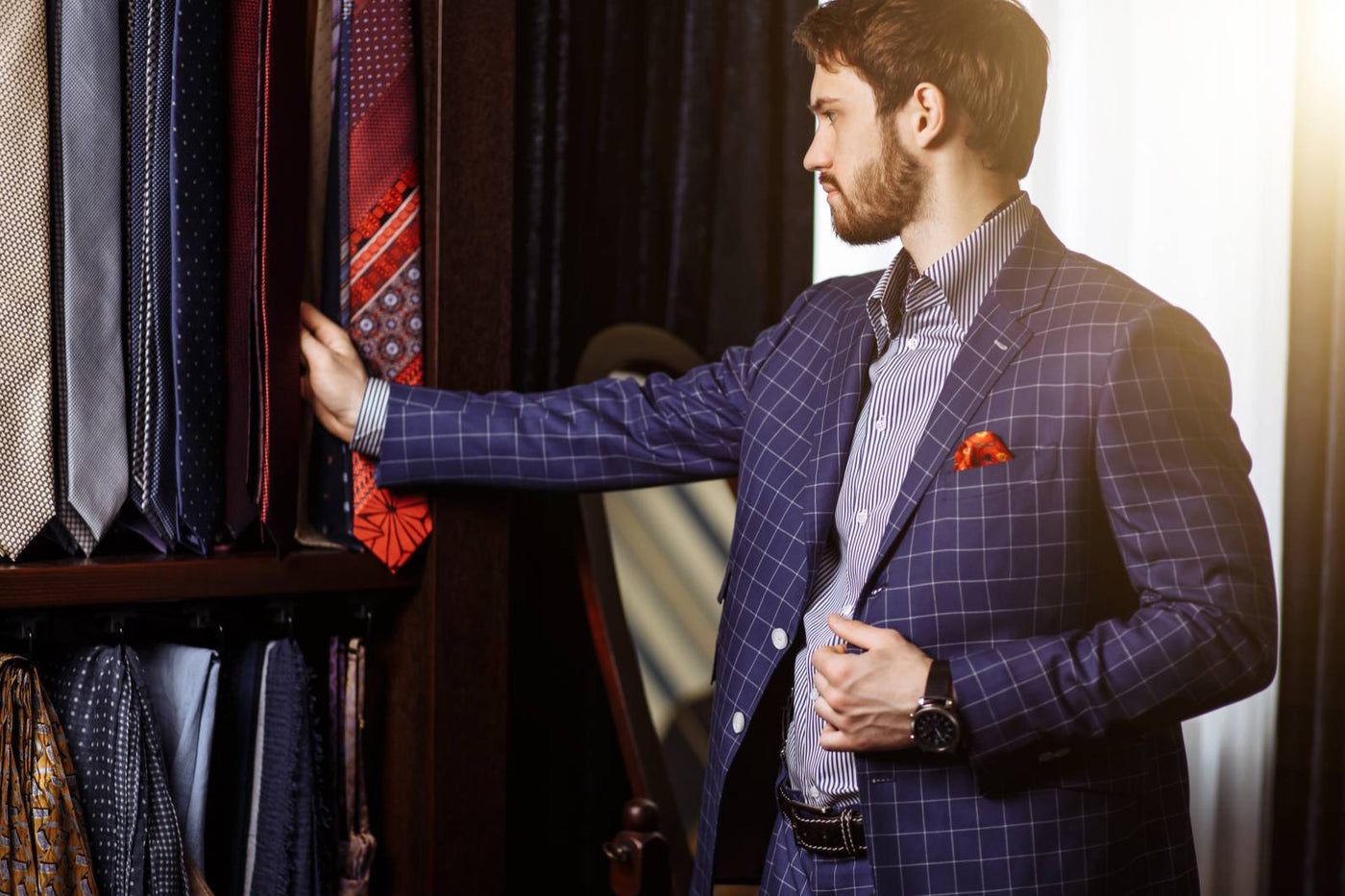 A Guide on Choosing the Right Tie