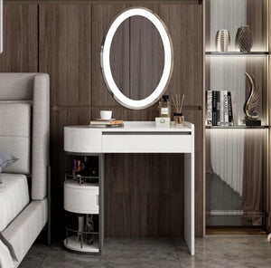 Super Cool Dressing Table With Mirror