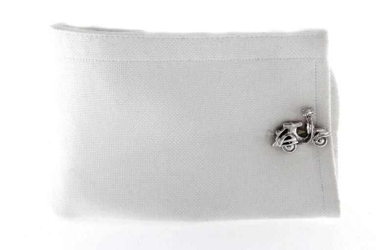 Women's or Men's Jona Silver Scooter Cufflinks For Sale
