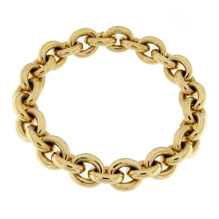 Jona 18 Karat Yellow Gold Hand Made Heavy Chain Link Bracelet For Sale 1