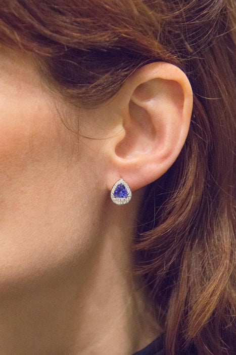 Women's Jona Tanzanite 18k Gold White Diamond Stud Earrings For Sale