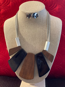 Wood Geometric Necklace Set-Silver