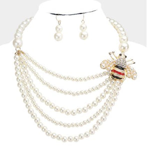 Creme Pearl Bib Necklace Set