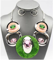 Load image into Gallery viewer, Disc Pink & Green Necklace Set