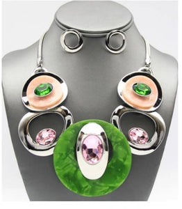 Disc Pink & Green Necklace Set