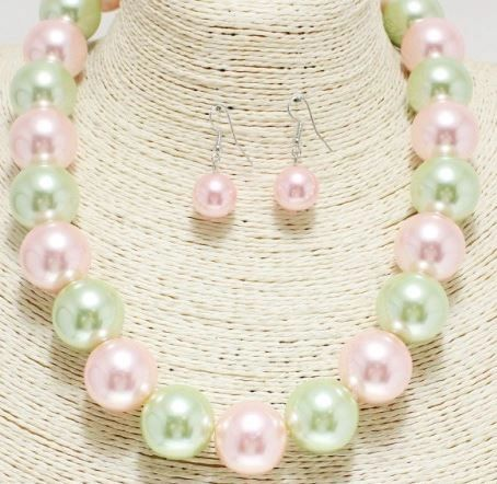Medium 1 Strand Pink & Green Pearl Necklace