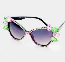Load image into Gallery viewer, Gem Cat Eye Sunglasses - BK