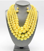 Load image into Gallery viewer, 5 Strand Pearl Necklace Set - Yellow