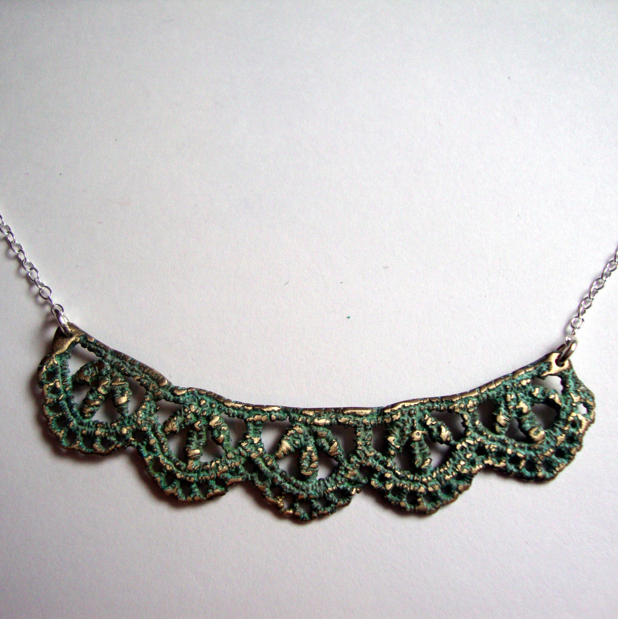 LEAF LACE NECKLACE handmade by SHEENA