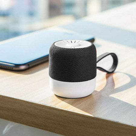 Mini Bluetooth Speaker .
