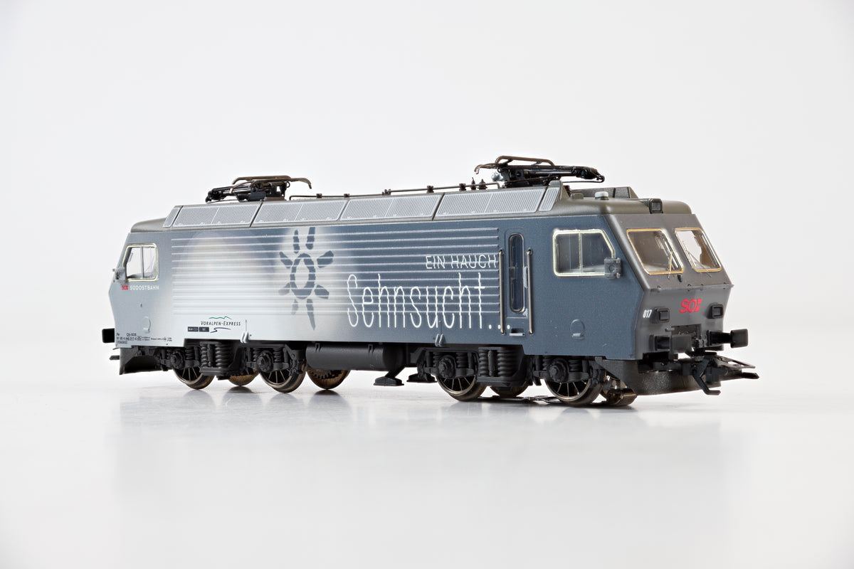 Marklin HO 37301 Re Class 4/4 IV Electric Locomotive 'Voralpen-Express', MFX Sound